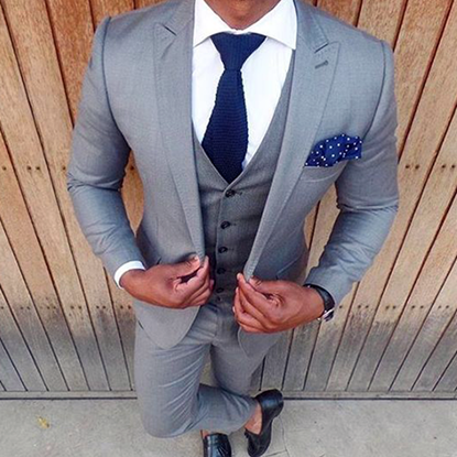 Picture of Slim fit light grey three-piece suit