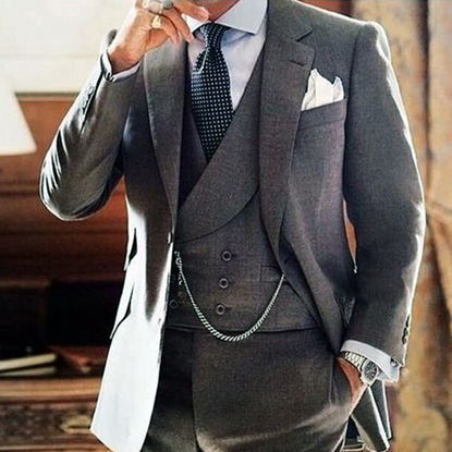Picture of Grey three-piece suit with double-breasted waistcoat