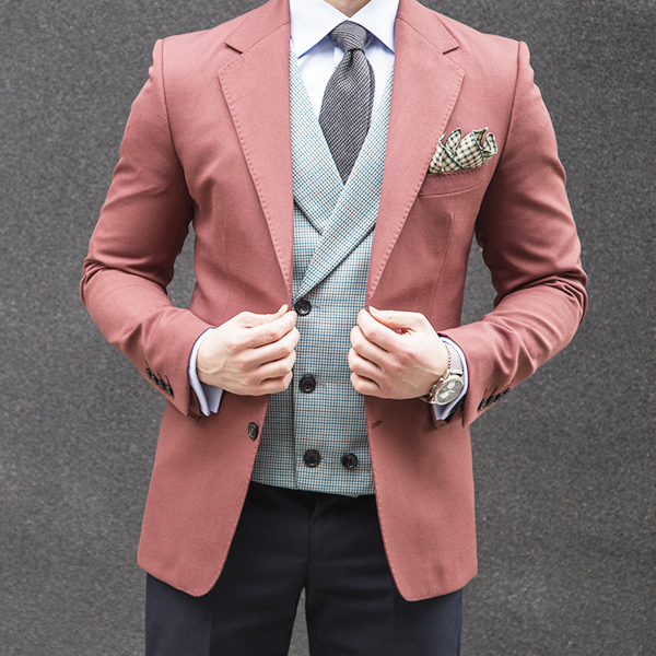 Picture of Mixed fabric three-piece suit
