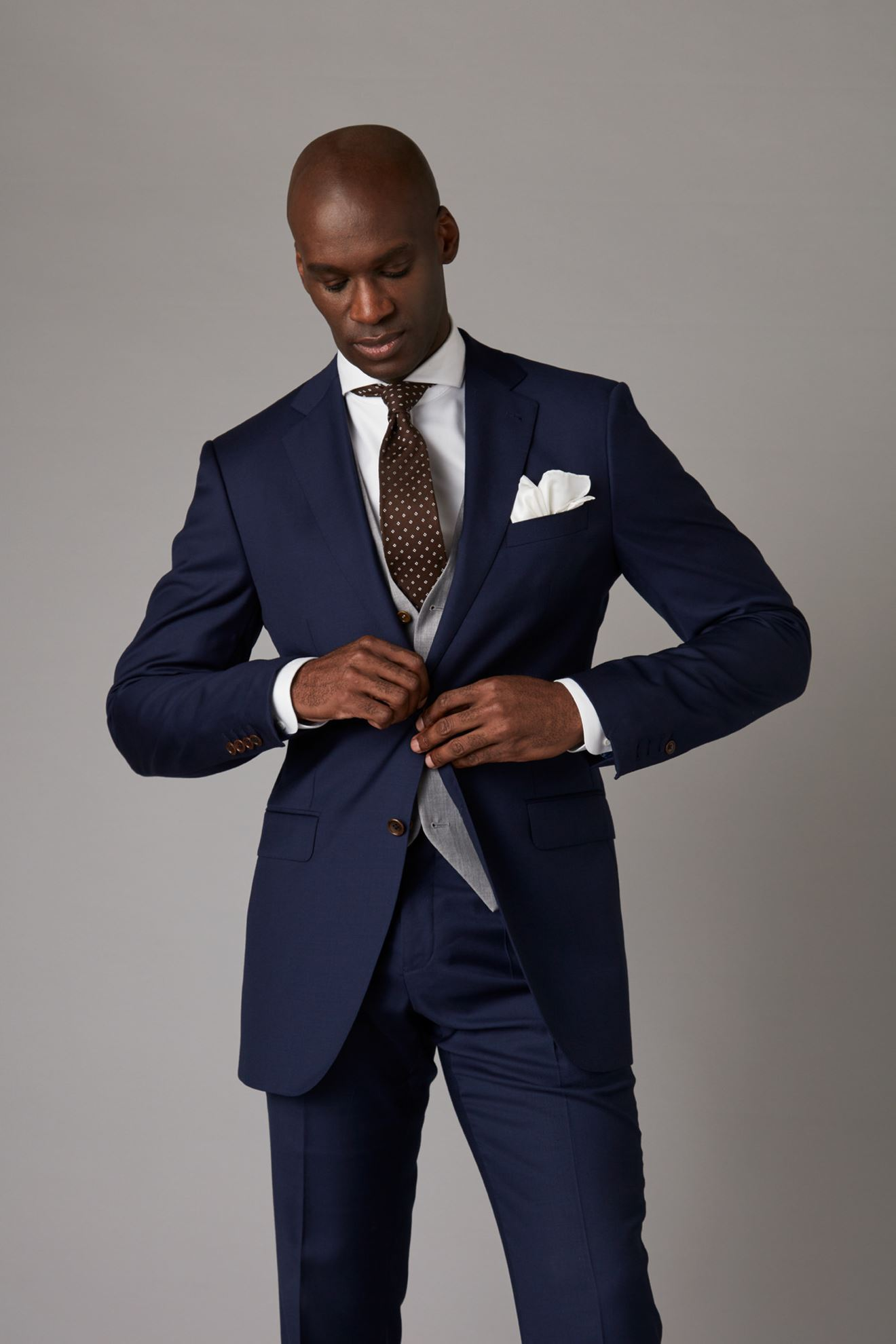 Picture of Mixed fabric navy blue and grey three-piece suit