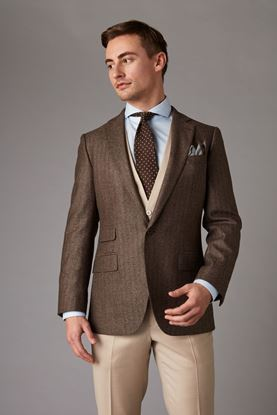Brown tweed jacket front